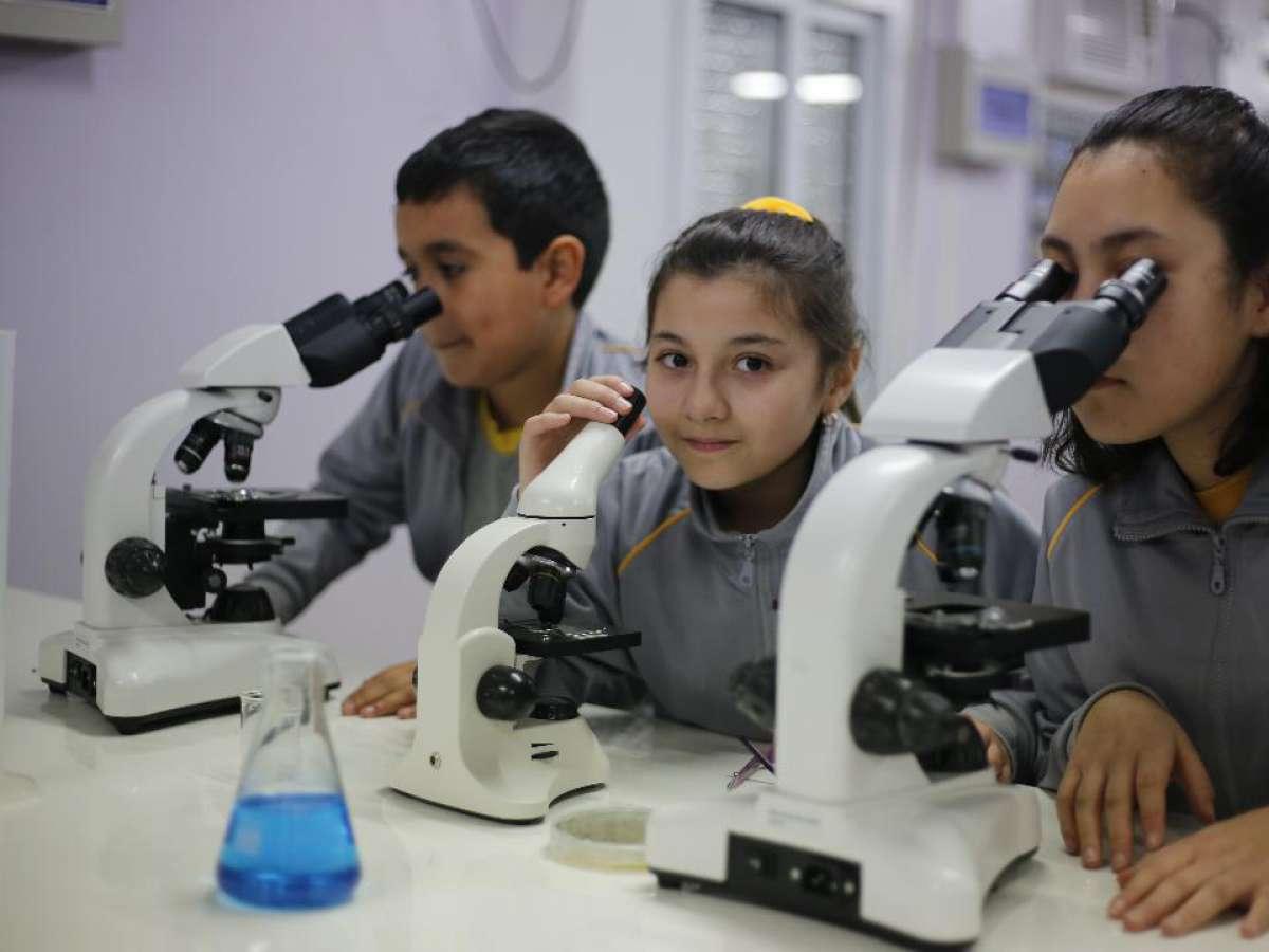 Estudio 'Llaves de la Educación' muestra que en San Nicolás está uno de los mejores liceos públicos de la Latinoamérica