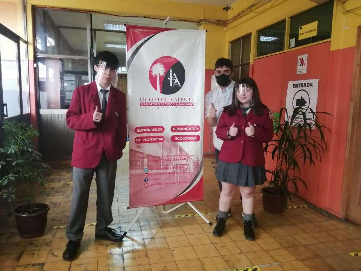 Jóvenes alumnos chillanvejanos representarán a Ñuble en concurso nacional de innovación digital