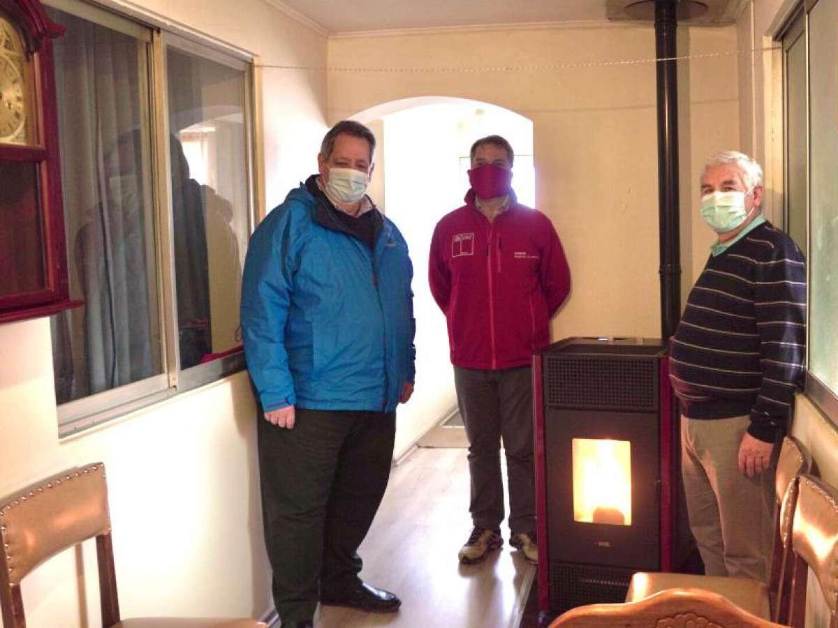 Cumplen meta de 4.700 calefactores instalados en la intercomuna Chillán-Chillán Viejo