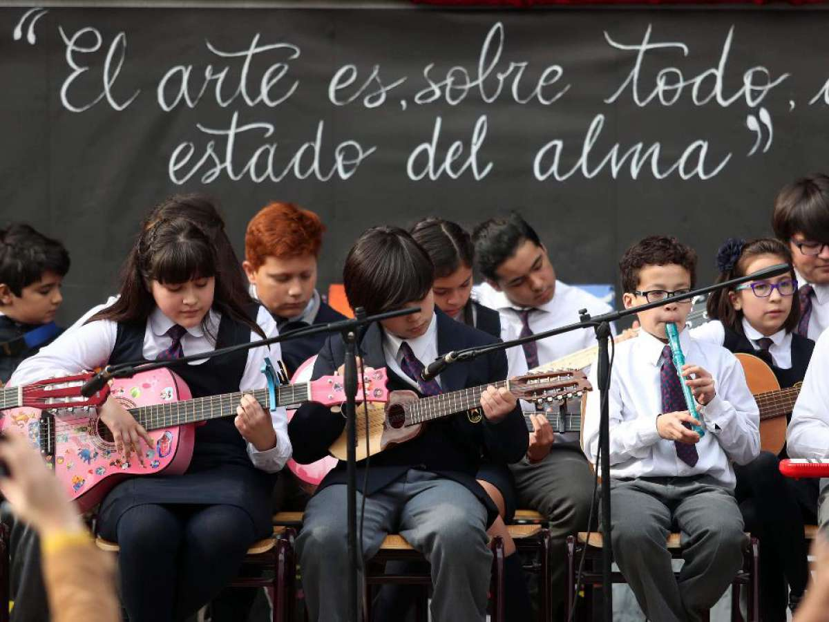 Ministerio de las Culturas invita a postular al Fondo de Fomento del Arte en la Educación (FAE) 2022