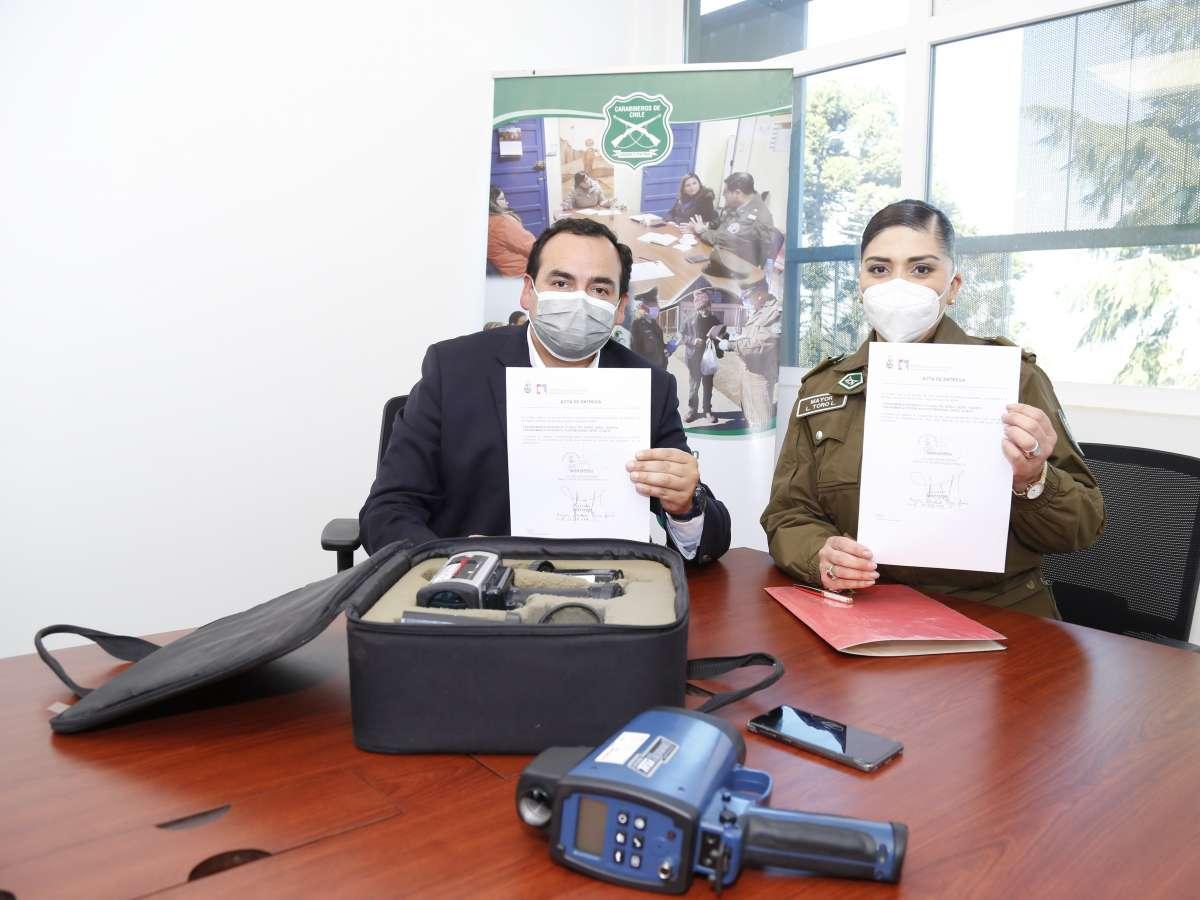Municipio de Chillán Viejo entregó radares de velocidad a la Sexta Comisaría