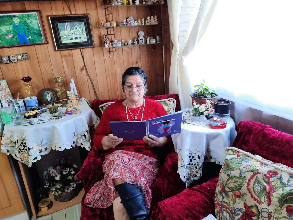 Mujeres de Diguillín fortalecen su empoderamiento a través de la escritura creativa