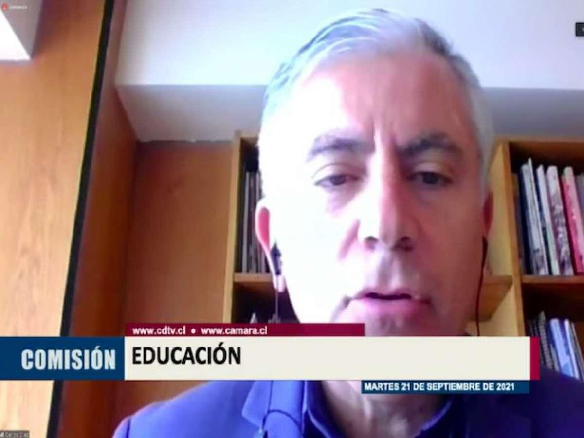 Dirigentes piden suspender implementación de la Ley que crea la Nueva Educación Pública
