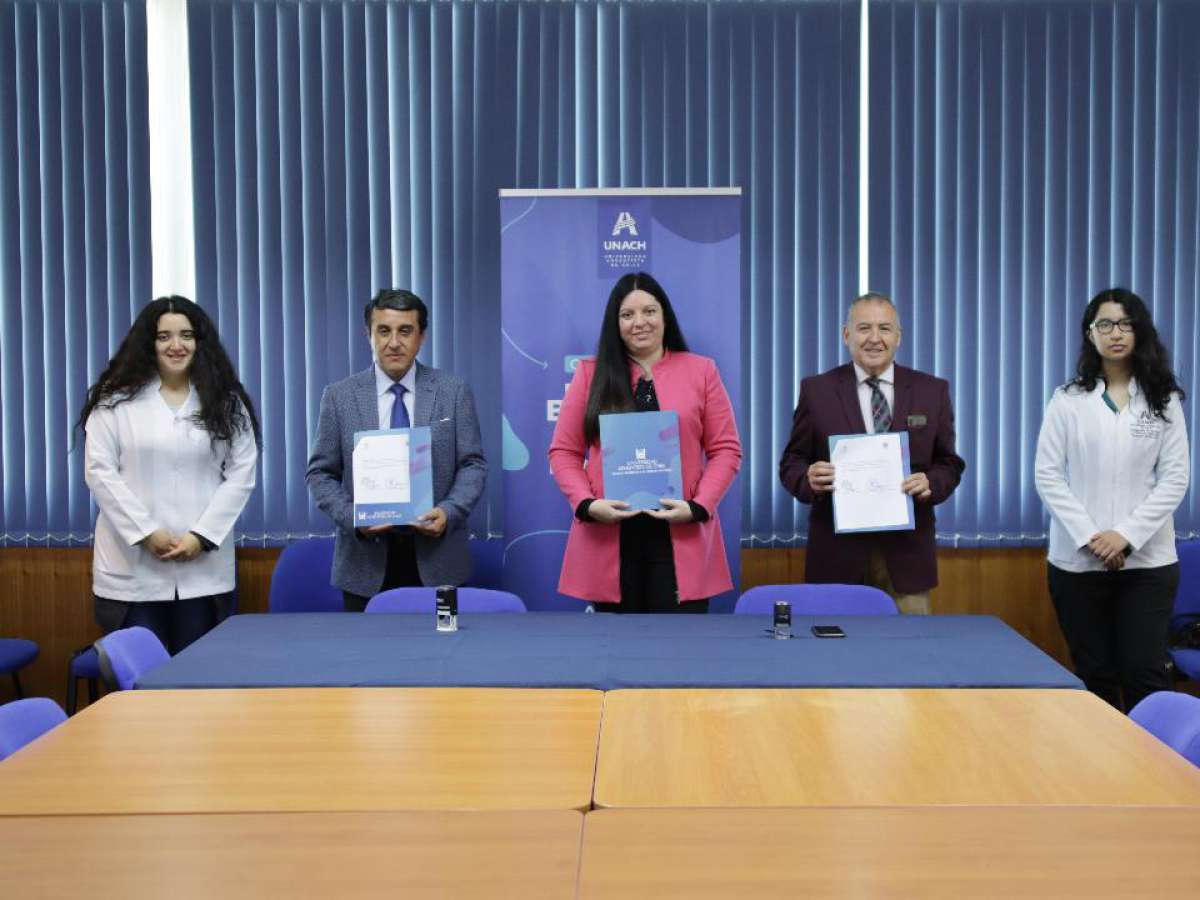 Firman nuevo convenio entre el Liceo Polivalente Bicentenario de San Nicolás y la UNACH