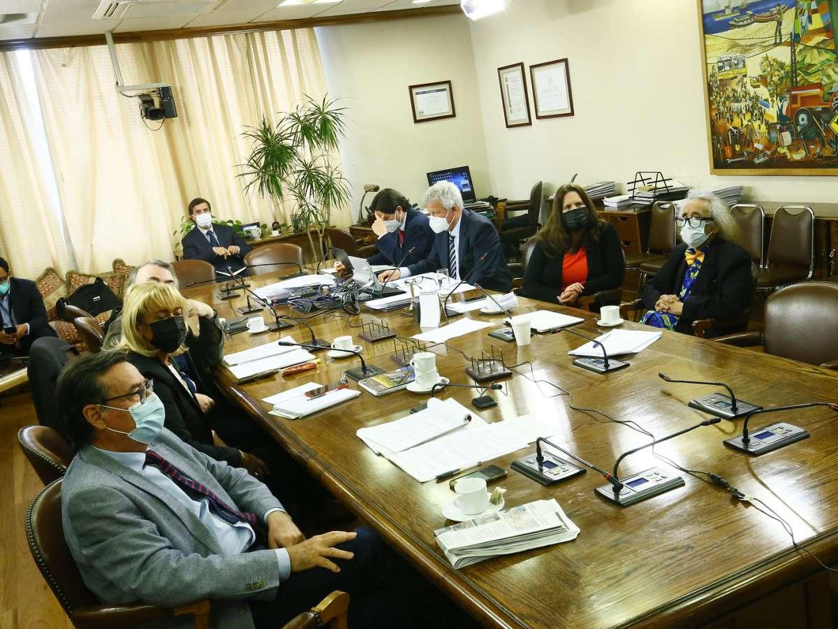 Comisión de Acusación Constitucional cumple su segunda jornada de audiencias