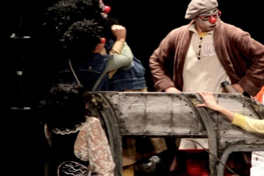 Compañías teatrales advierten de riesgo de desaparecer